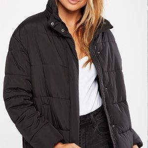 BNWT Cotton On Tyra Cropped Puffer